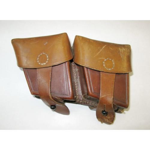 Zweiteilige Patronentaschen zum österreichischen Mannlicher Karabiner M 95 G.B.A. 1951