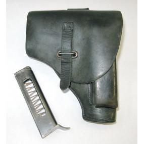Tasche mit Magazin für die Beretta Pistole  M. 34 Kal. 9 mm kurz