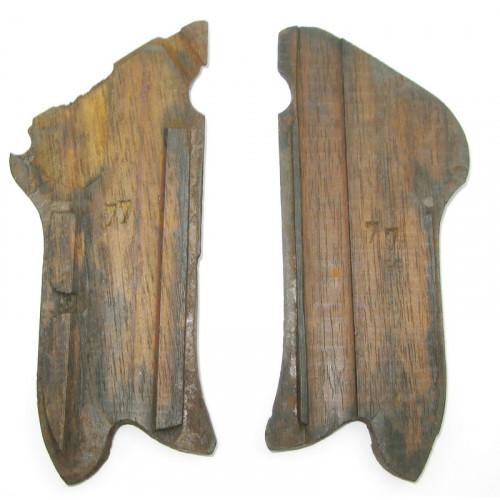 P08 Luger Griffschalen Paar