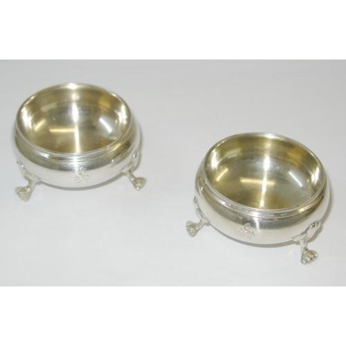 Paar Salieren/ Gewürzschälchen aus Silber