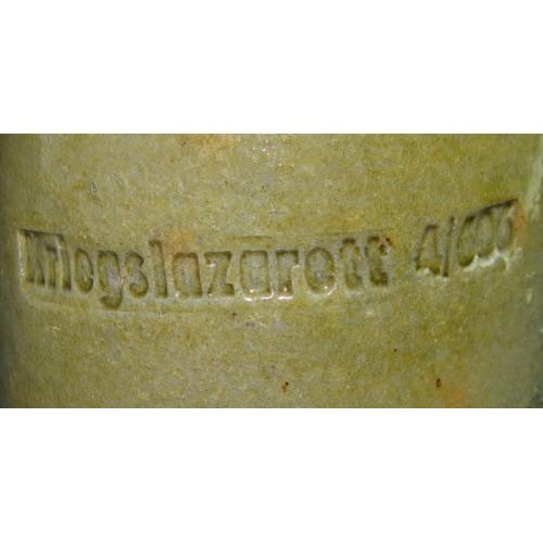 Trinkkrug aus dem Kriegslazarett 4/606