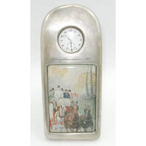 Wiener Silber Taschenuhrständer zum Offiziersjubiläumsschiessen 1908