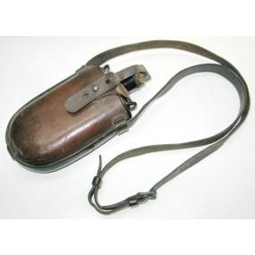 K. u. K. Feldflasche in lederner Tragevorrichtung