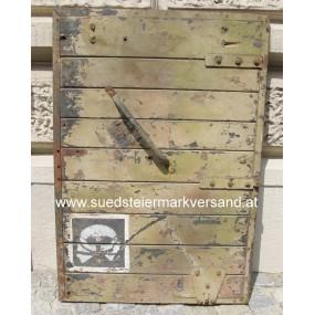 """WWII Fahrzeugtüre mit Divisionsabzeichen""""TOTENKOPF"""""""