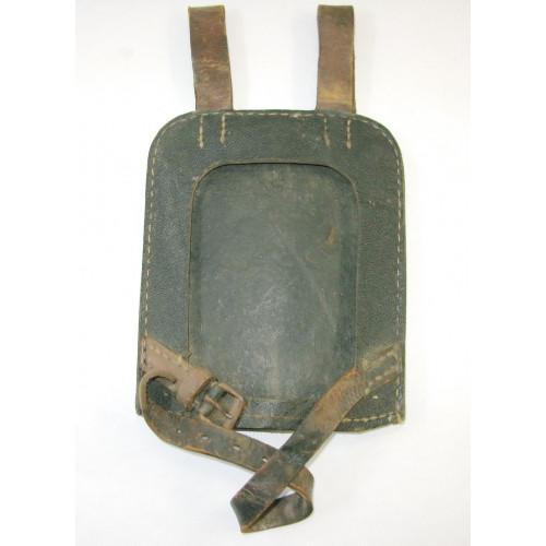 WWII Spaten - Tragebehälter aus Ersatzmaterial