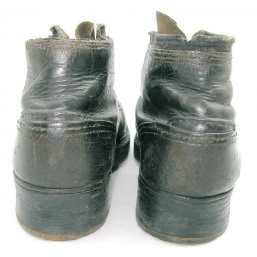 1 Paar Schnürschuhe