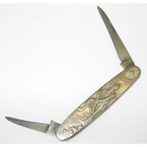 Altes Taschenmesser mit Jagdmotiven