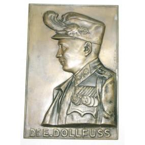 Bronzerelief des Bundeskanzler Dr. Engelbert Dollfuß