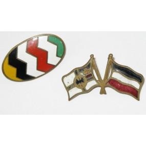 2 Patriotische Abzeichen