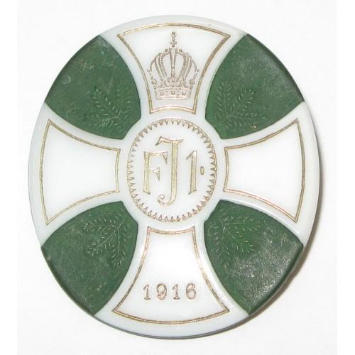 K.u.K. Patriotisches Porzellanbzeichen, FJI. 1916 Trauerabzeichen