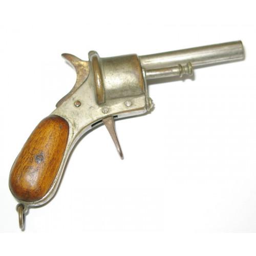 Gasser Armeerevolver M1870, Zigarrenschneider