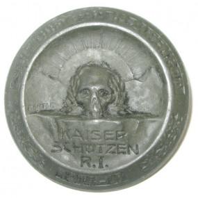 k. u. k. Kappenabzeichen Kaiser Schützen Regt. I. 1914-18. Sieg oder Tod im Alpenrot