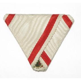 Dreiecksband für Jubiläumskreuz.