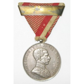Silberne Tapferkeitsmedaille Kaiser Franz Josef I. mit Wiederholungsspange