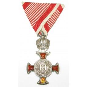 Österreich / K.u.K. Monarchie, Silbernes Verdienstkreuz mit der Krone