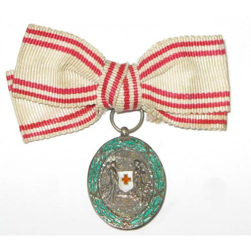 Österreich / K.u.K. Monarchie, Ehrenzeichen vom Roten Kreuz, Silberne Ehrenmedaille mit KD