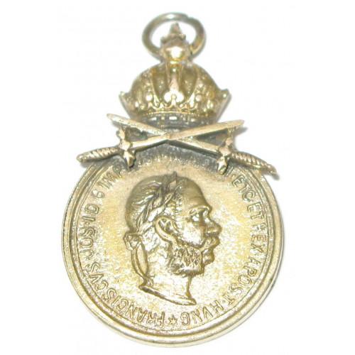 Österreich / K.u.K. Monarchie, Bronzene Militärverdienstmedaille Signum Laudis FJI. mit Schwerter