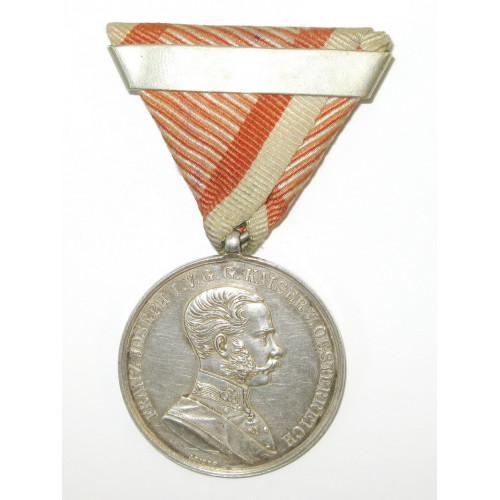 Große Silberne Tapferkeitsmedaille Kaiser Franz Joseph I. mit Wiederholungsspange