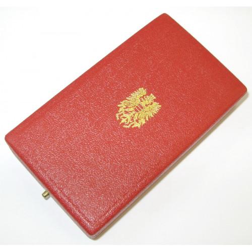 Goldenes Ehrenzeichen für Verdienste der Republik Österreich