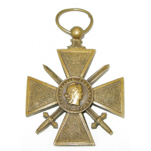 """Frankreich Kriegskreuz mit Schwertern """"Croix de Guerre"""" 1914 - 1918"""