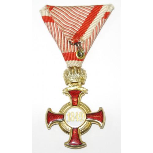 Goldenes Verdienstkreuz mit der Krone