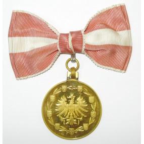 Goldene Medaille für Verdienste um die Republik Österreich
