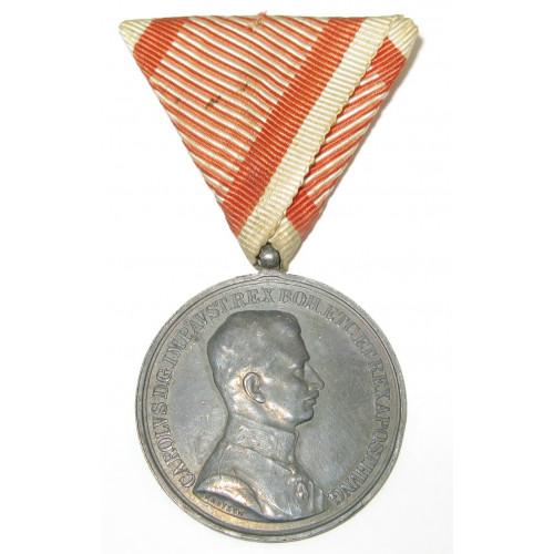 Kaiser Karl , Silberne Tapferkeitsmedaille 1. Klasse