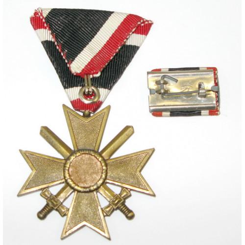 Kriegsverdienstkreuz 2.Klasse mit Schwerter und Feldspange