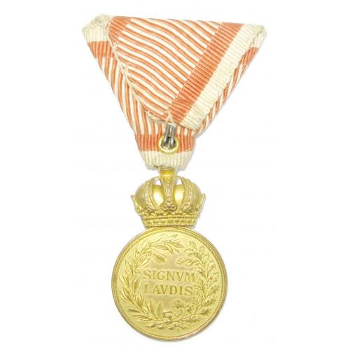Bronzene Militärverdienstmedaille Signum Laudis FJI. im Etui