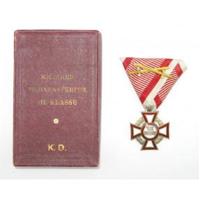 Militärverdienstkreuz III. Klasse  mit KD im originalen Etui
