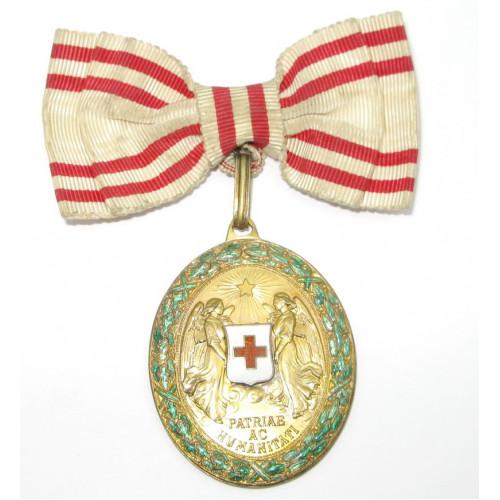 Bronzene Ehrenmedaille vom Roten Kreuz mit KD im originalen Etui