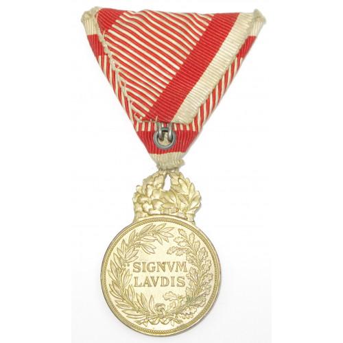 Kaiser Karl Bronzene Militärverdienstmedaille Signum Laudis