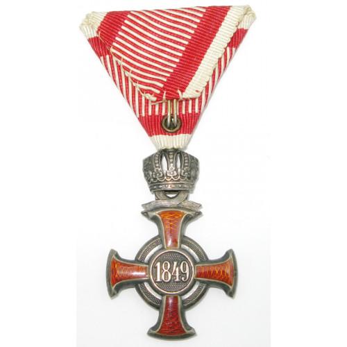 Silbernes Verdienstkreuz mit Krone