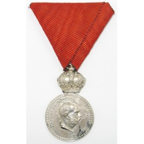 Silberne Militärverdienstmedaille Signum Laudis FJI.