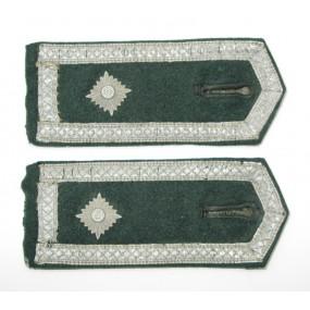 Wehrmacht Heer Paar Schulterklappen M 36 für einen Feldwebel
