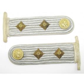 Kriegsmarine Paar Schulterstücke für einen Kapitänleutnant